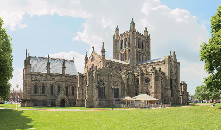 Sunlit Hereford Cathedral, by celuici